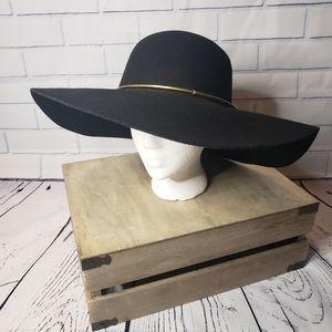 100% wool widebrim floppy summer hat with gold bar